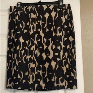 Ann Taylor, black and beige skirt. 8